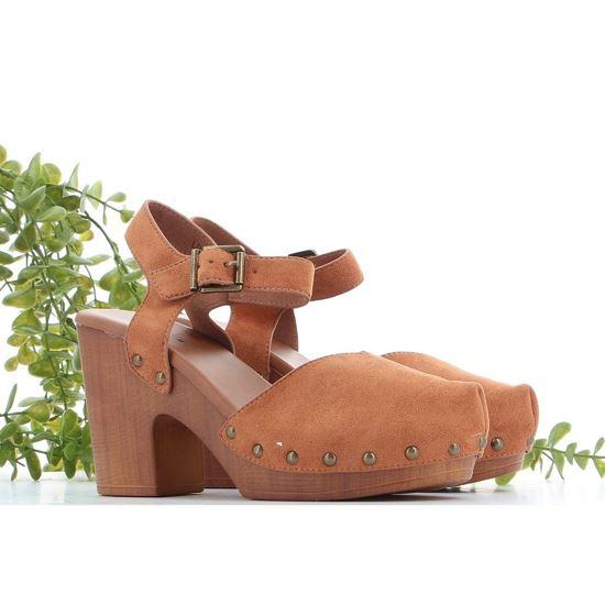 Immagine di ZOE - Zoccoli a punta con borchie e fibbia alla caviglia, tacco 9,5CM