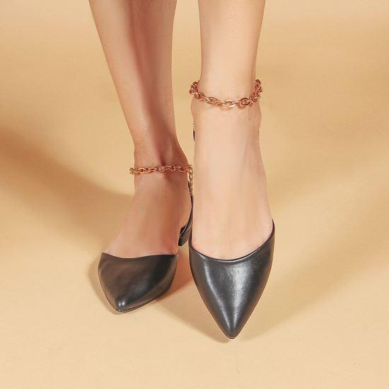 Immagine di MISS GLOBO - Ballerina nera a punta con sottopiede in VERA PELLE e catenina oro alla caviglia